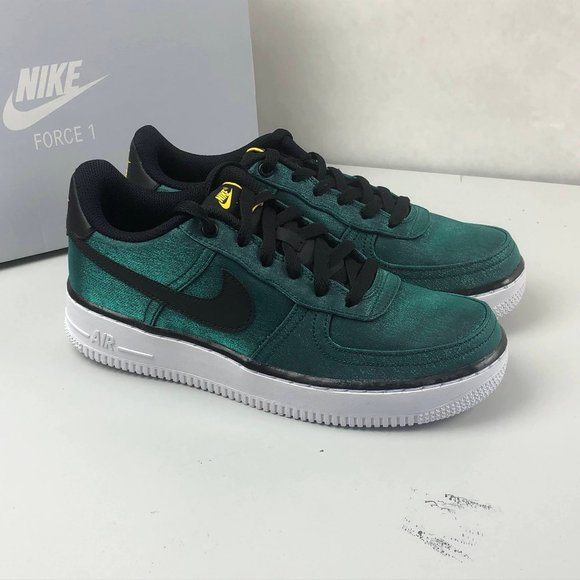 Nike Air Force Lv8 Shift Gs Sneakers